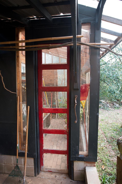 lees_homemade_greenhouse-6412.jpg