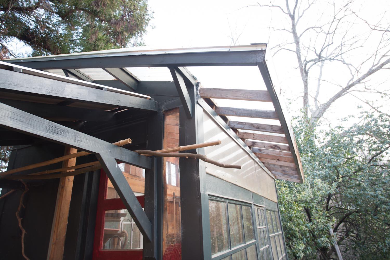 lees_homemade_greenhouse-6413.jpg
