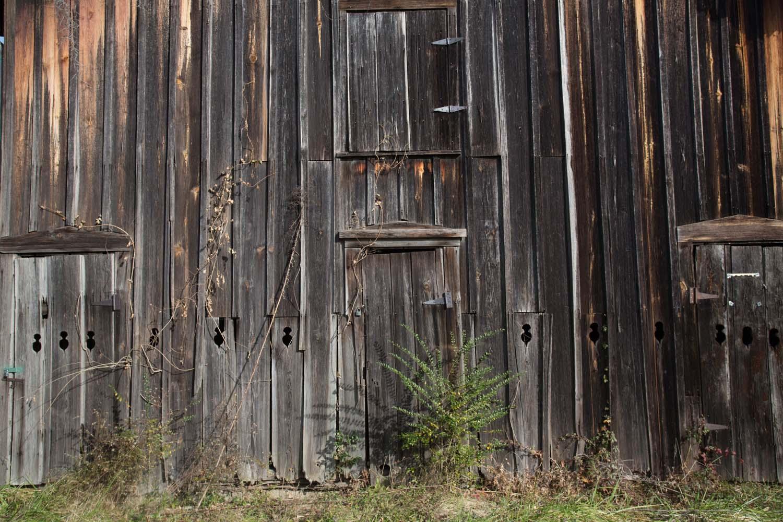 graves_barn-201412030613.jpg