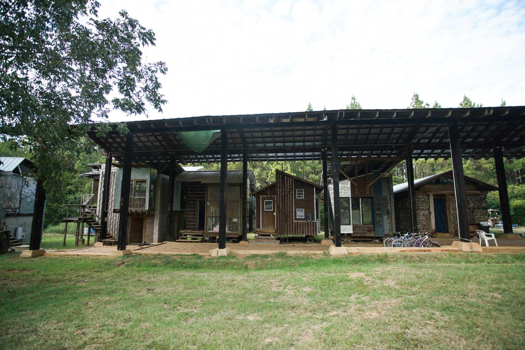 RA_rural studio_morrisette house and grounds-07038.jpg