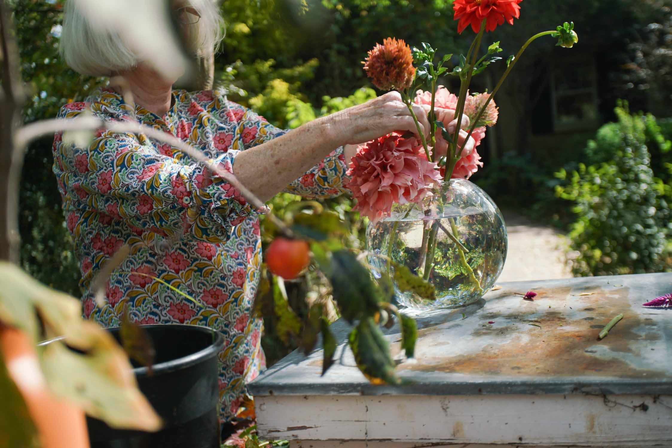 RA_3 porch farm 2016 flower social-2016101709086.jpg