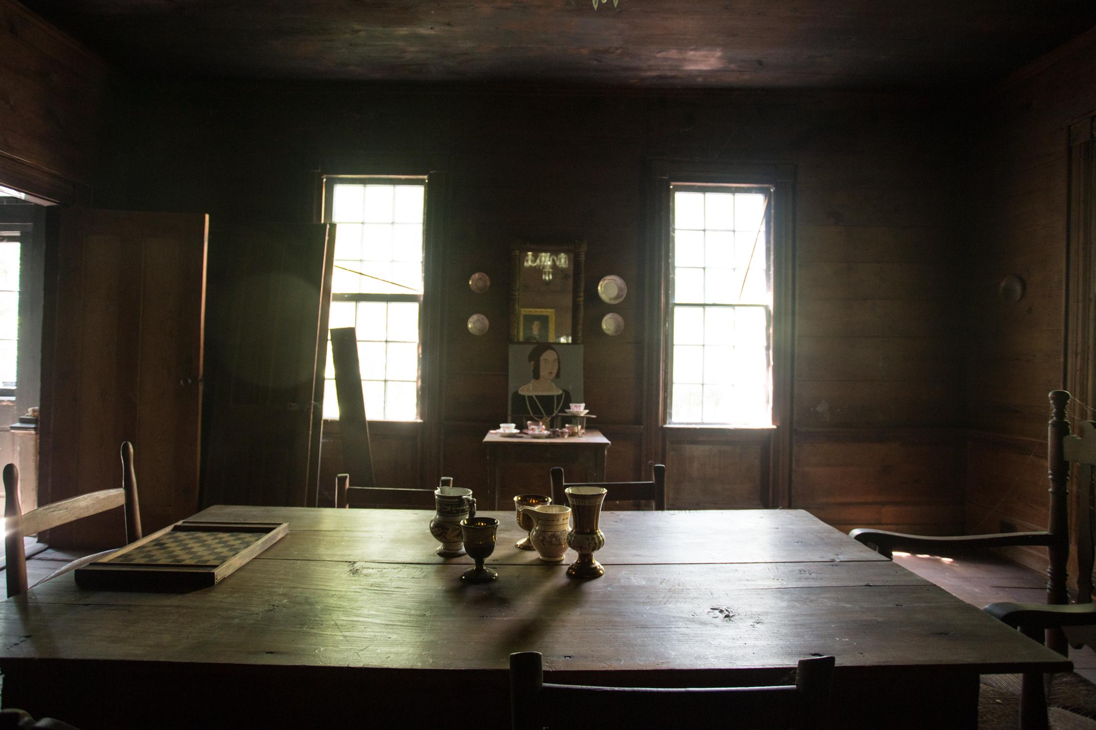 devils pond house_dining room4.jpg