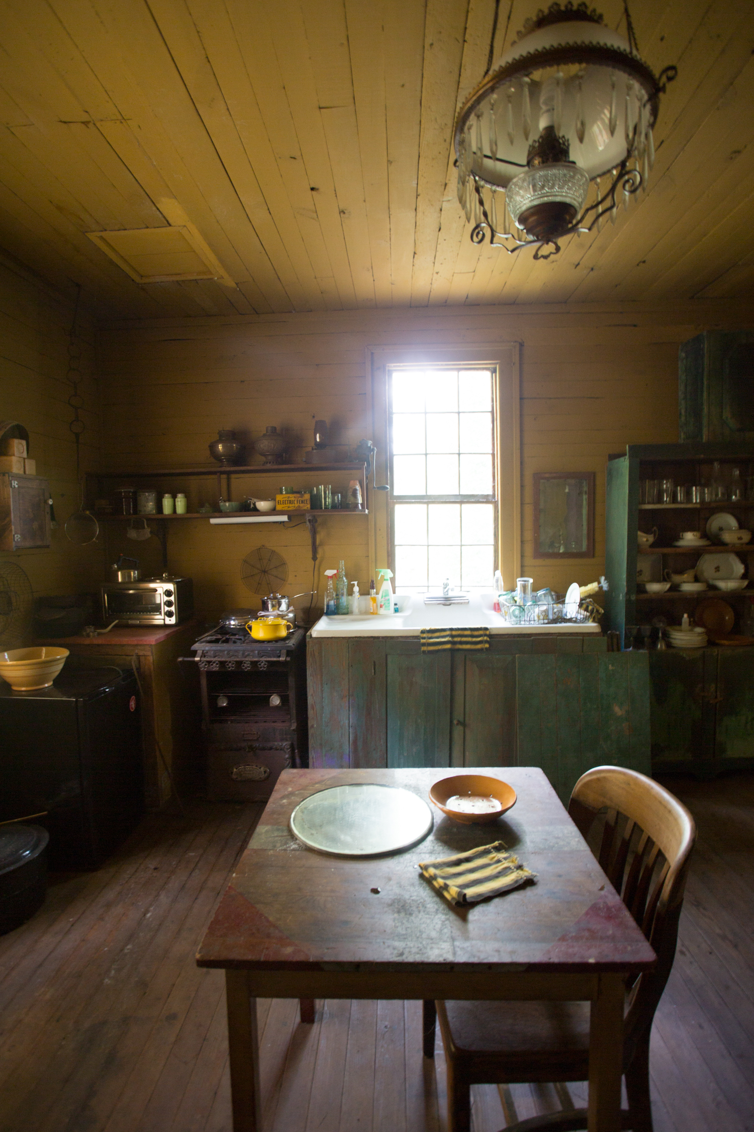 devils pond house_kitchen2.jpg