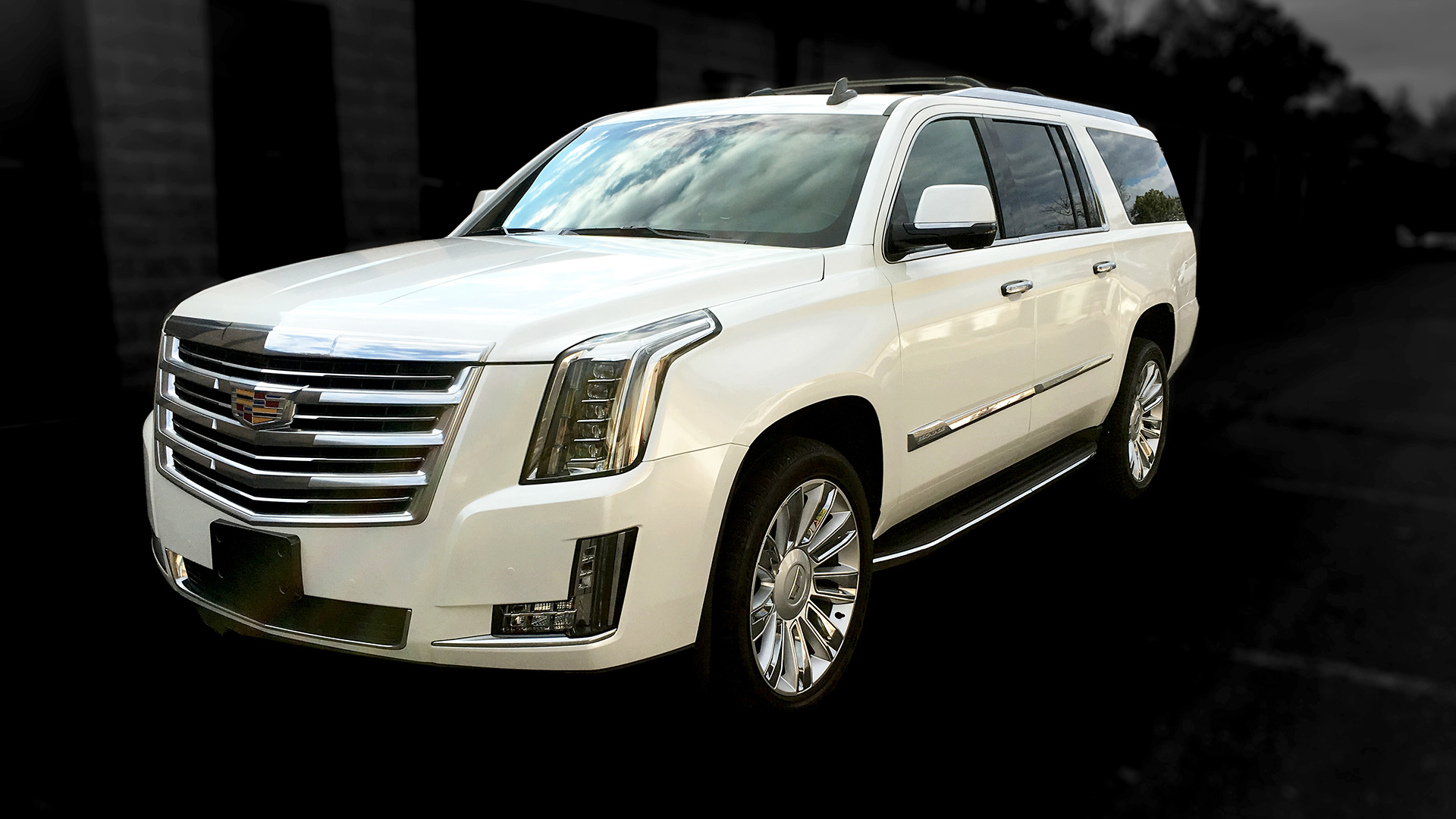 Escalade - White Wrap