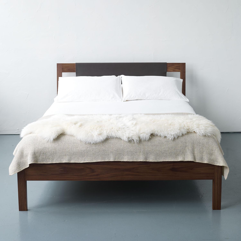 Hide Bed
