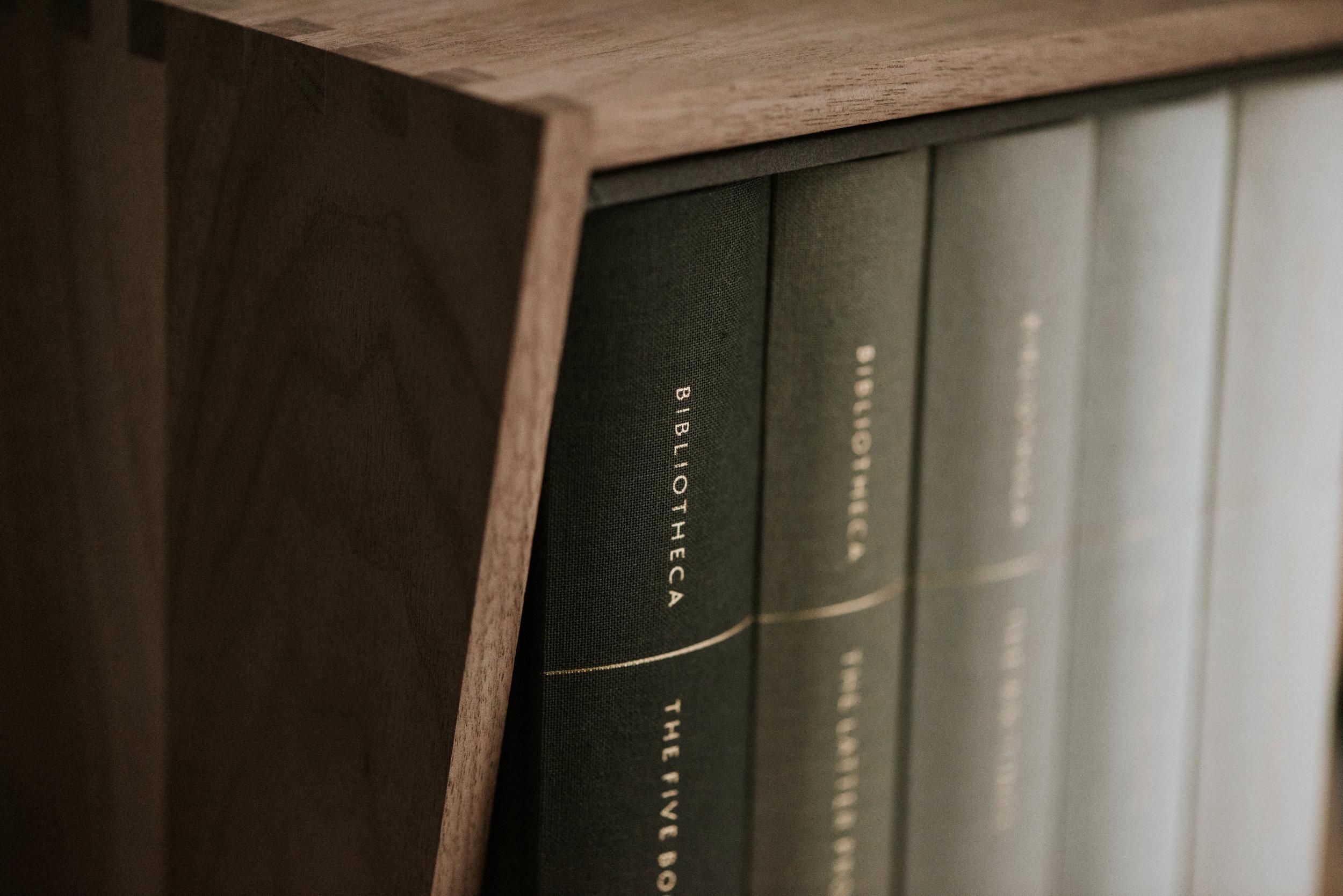 Bibliotheca_001.jpg