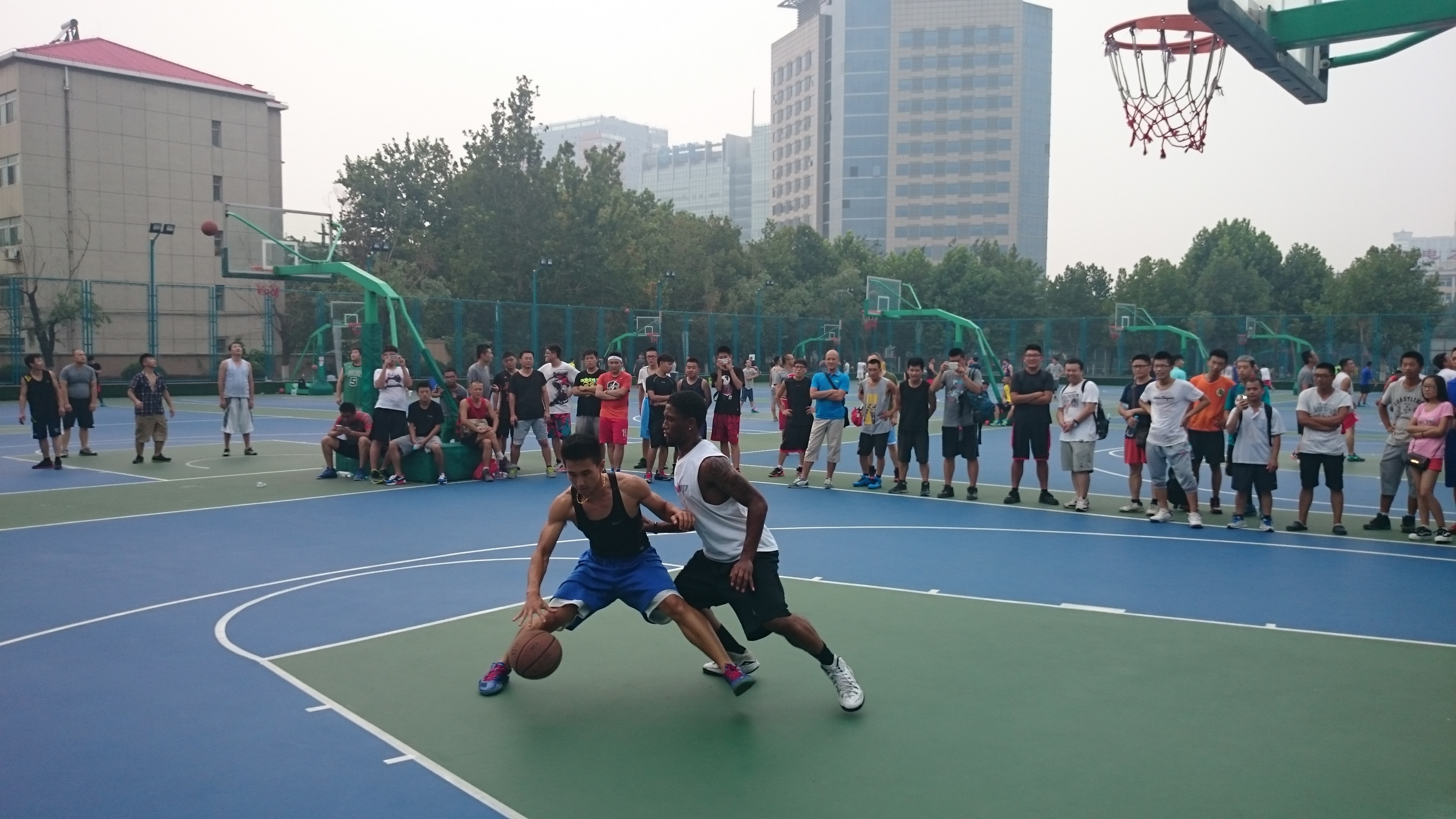 Basketball Exchange games with Chinese streetballers
