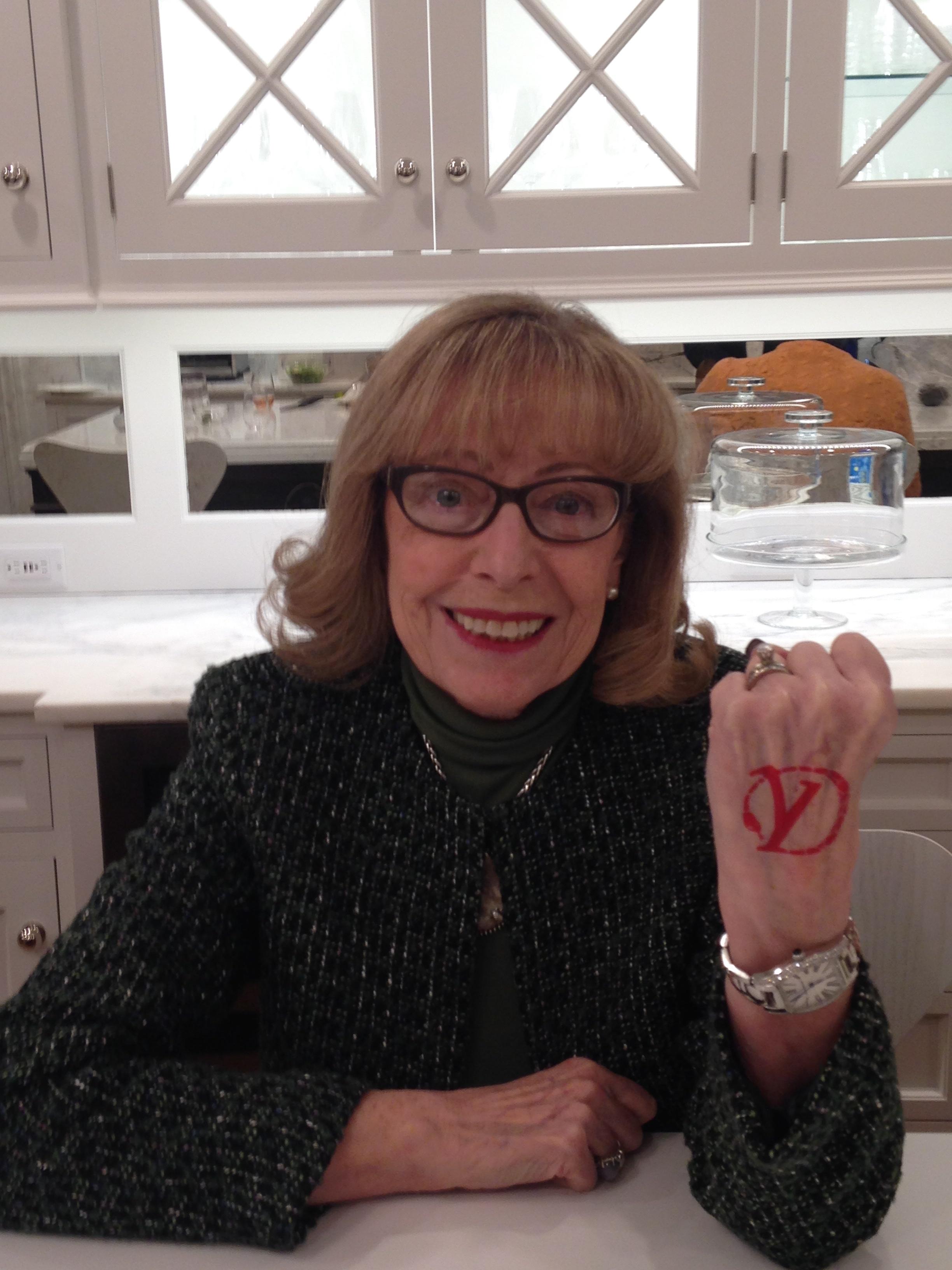 Barbara DEFIES negativity!