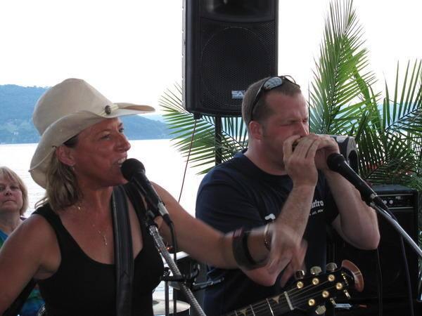 Robin Burnett & Scott Muir