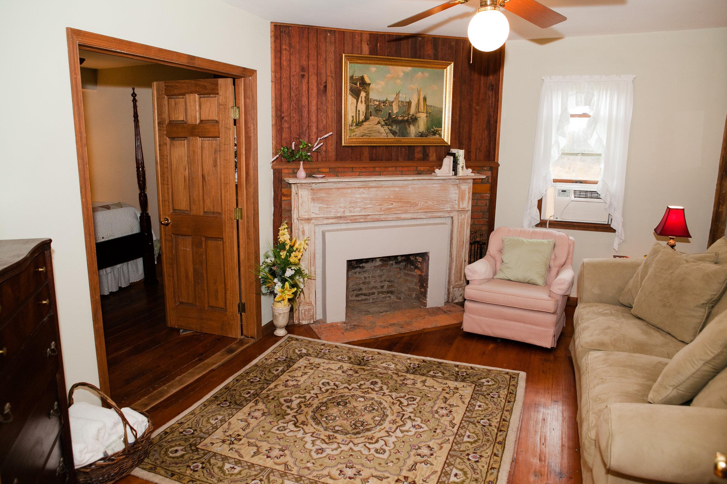 Fireside Sitting Room w/Sleeper Sofa