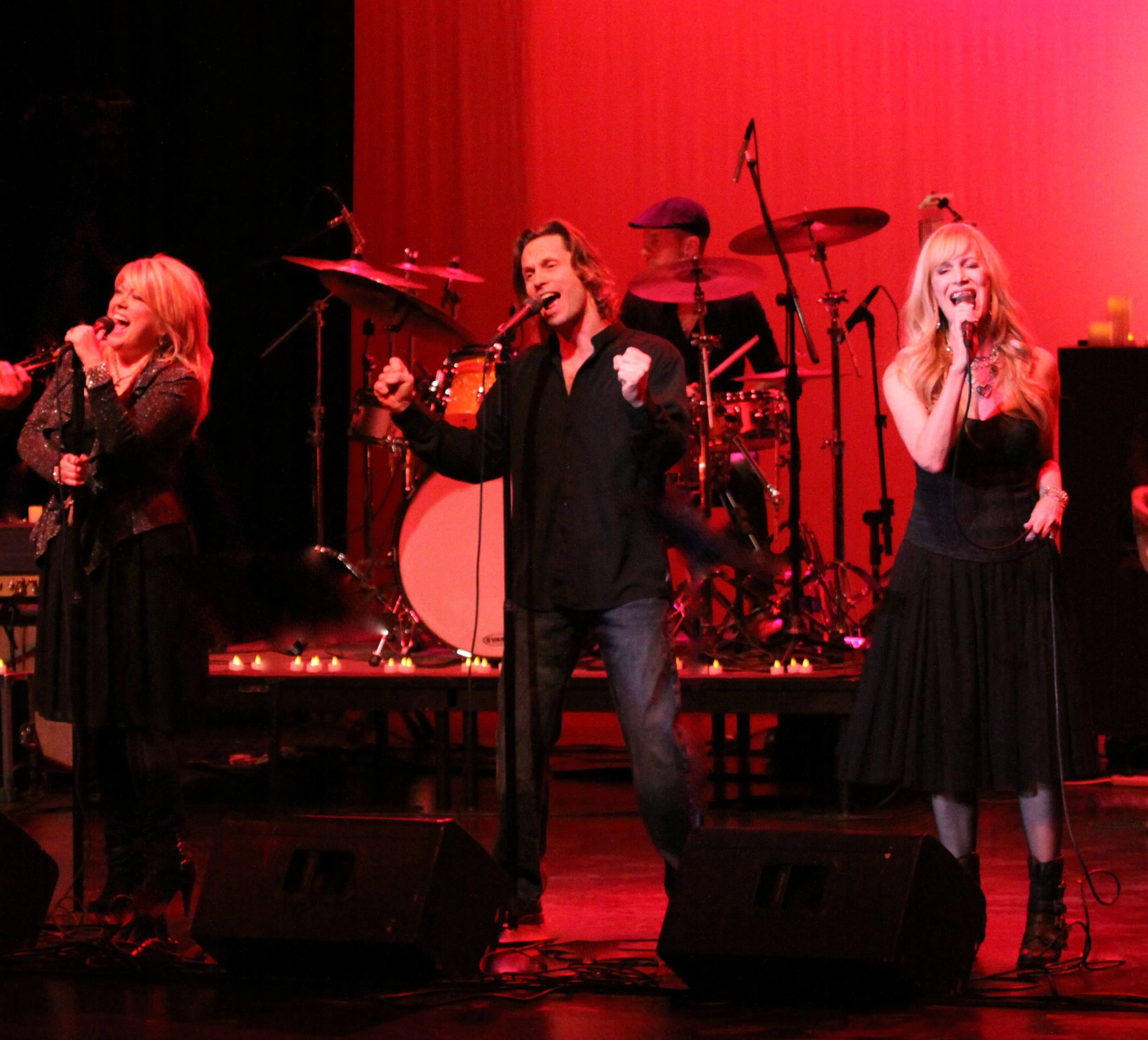 SOLD OUT performance at The Paramount Theater in St. Cloud, MN.