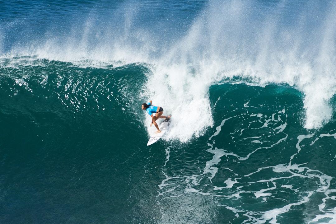 BEX_20151129_133408_Hawaii_surfing_small.jpg