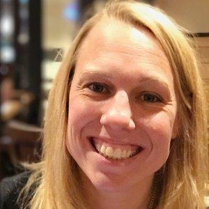 Lynn Winter, Digital Strategist, Founder of Manage Digital