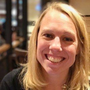 Lynn Winter , Freelance Digital Strategist
