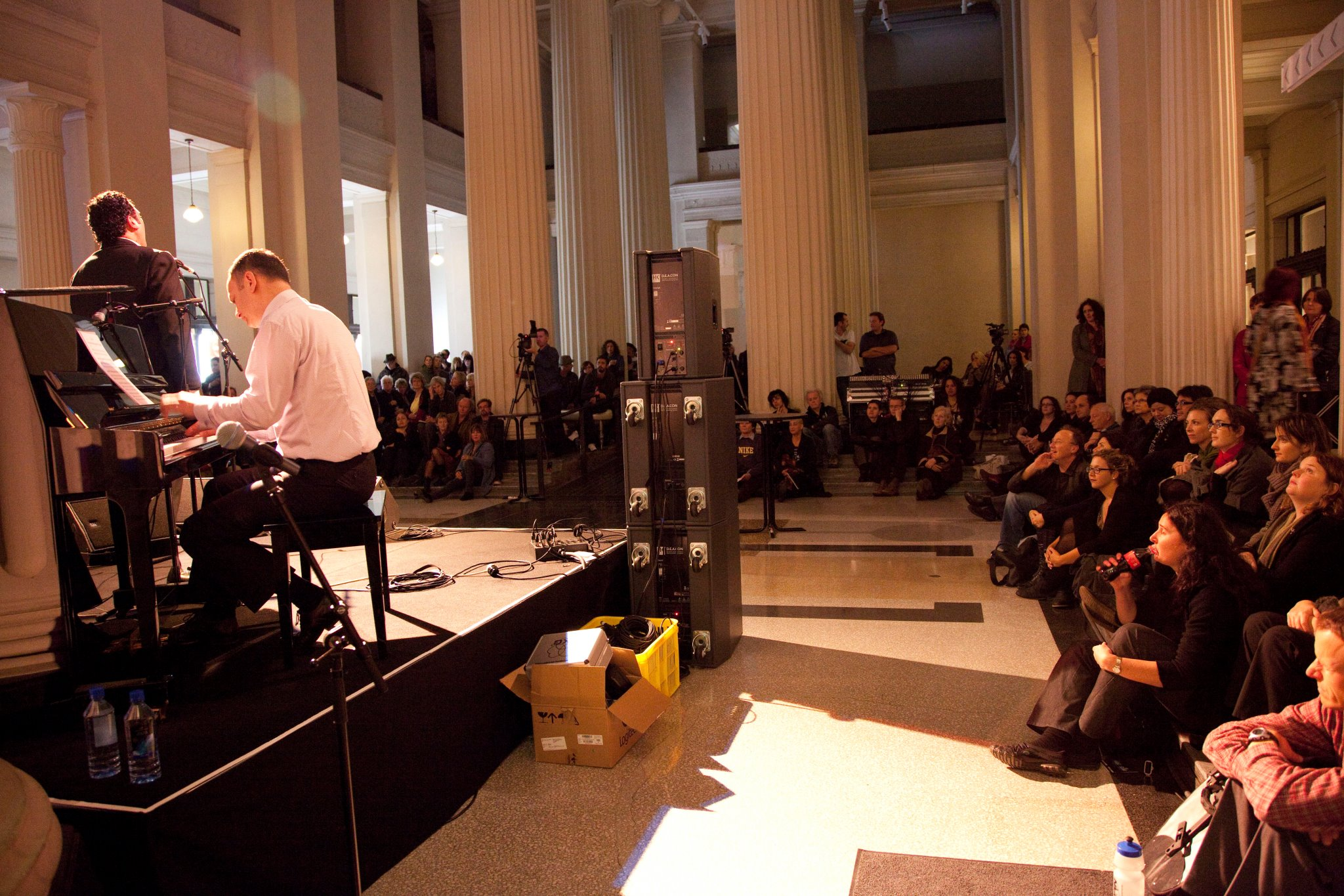 Performing with Howard McGuire at Auckland Museum in 2011