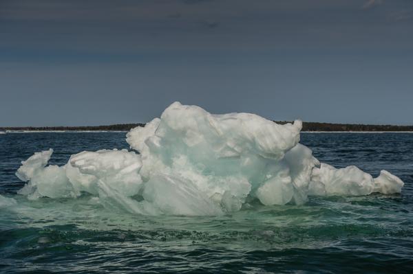 Lake Superior Icebergs