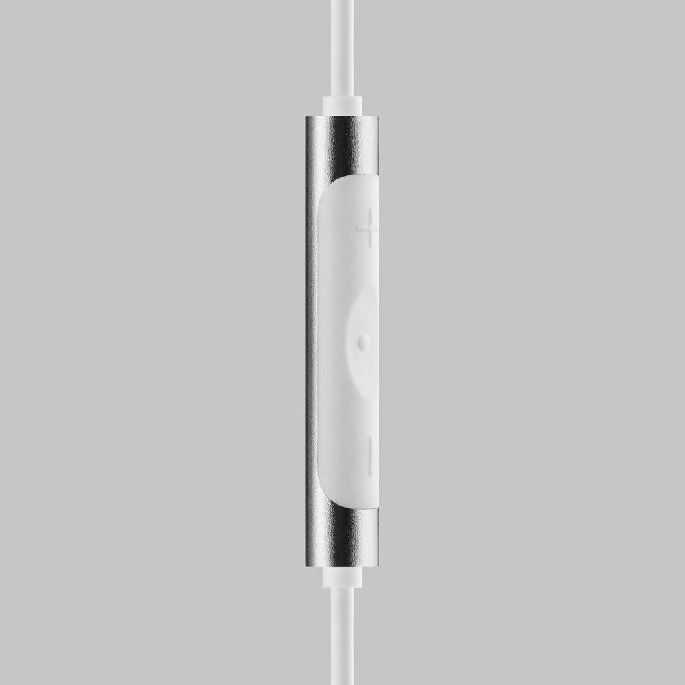 4.-White-MA650-Wireless-Remote-thumb.jpg