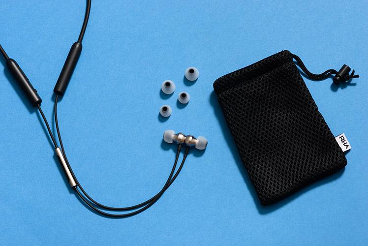 RHA MA390 Wireless_  05.jpg
