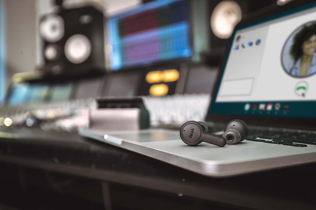 RHA TrueConnect studio 3.jpg