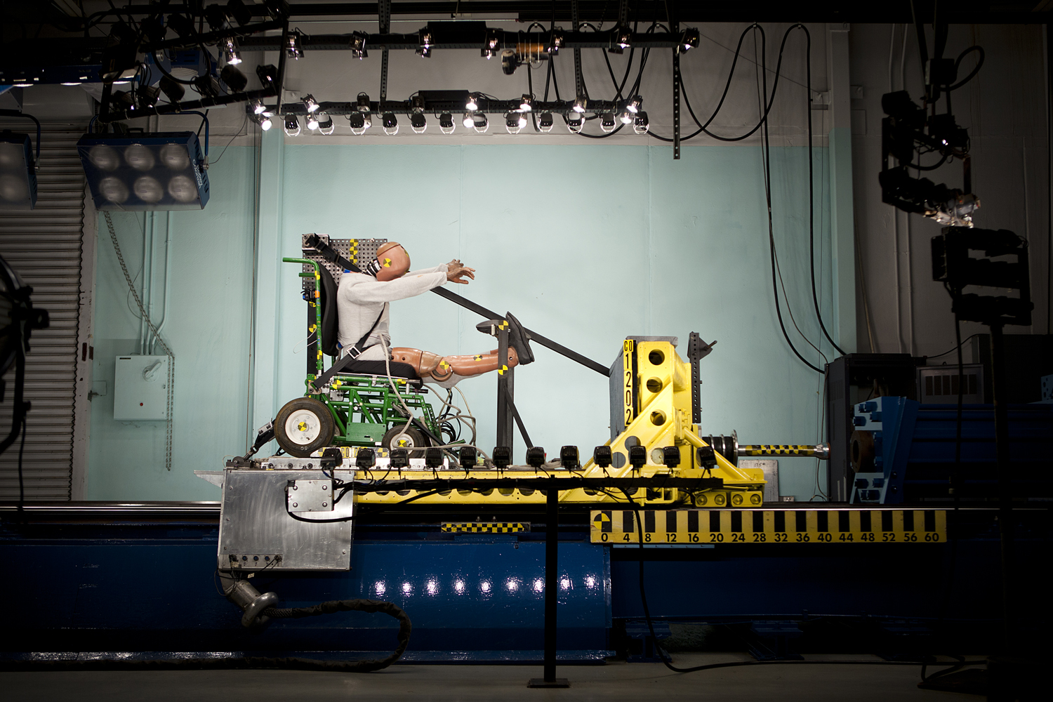 crash test -    University of Michigan Transportation Research Institute