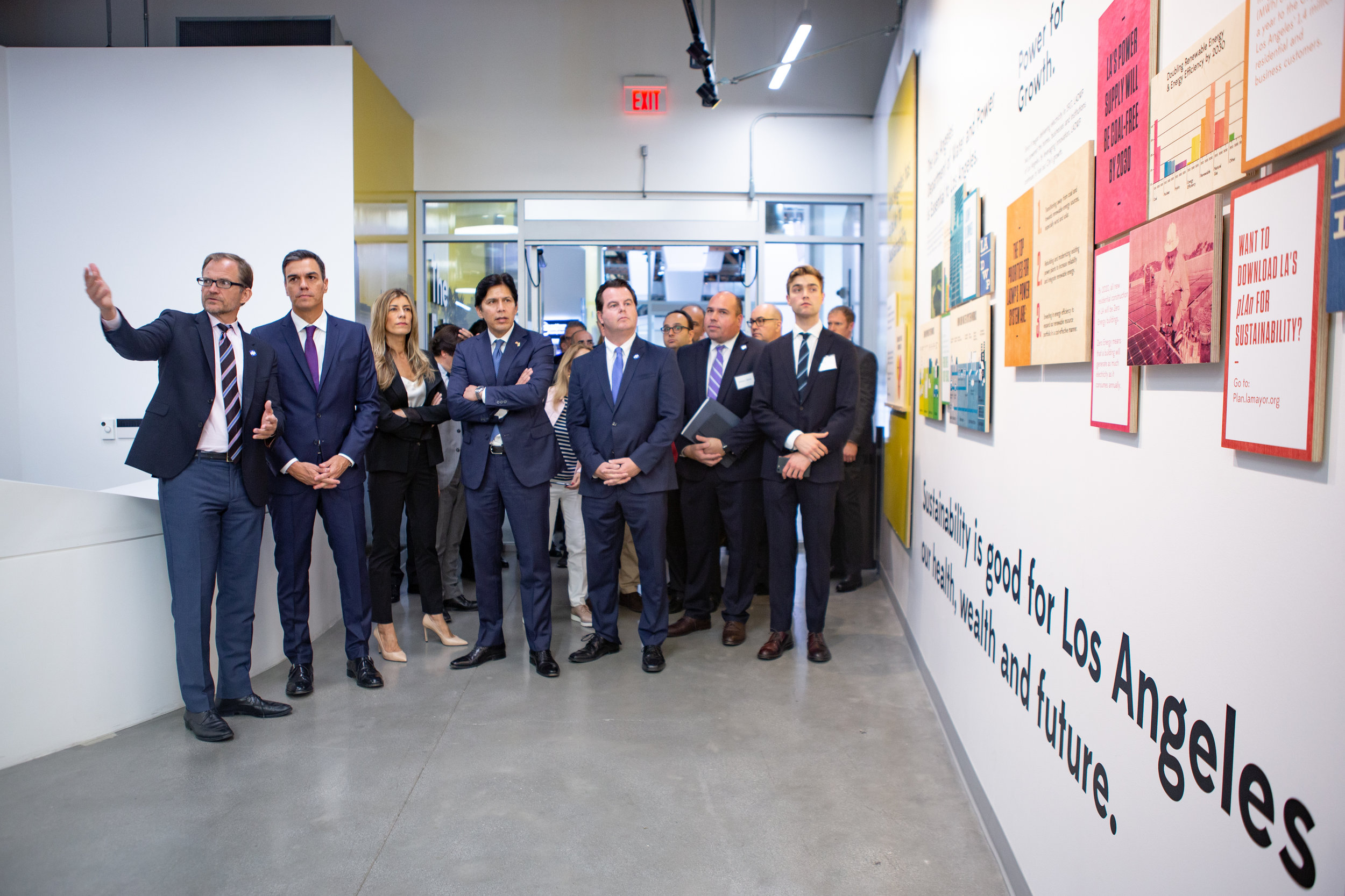 LACI CEO Matt Petersen welcomes the President of the Government of Spain Pedro Sanchez and First Lady María Begoña Gómez Fernández for a tour of the facility and a discussion on the importance of climate action and Latino leadership.    Senate President pro Tempore Emeritus Kevin de León invited the President to LACI at La Kretz Innovation Campus, which are in de León's district area.