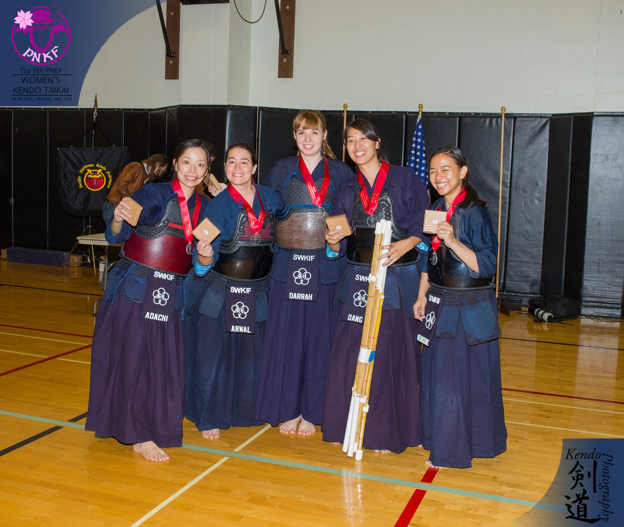 The 5 woman team from the Southwestern USKF (actually, mostly from Texas).  Photo by event photographer Kendo Photography (Seattle).