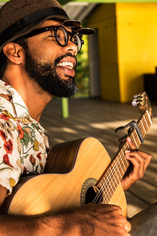 musician, providencia, colombia • elkin robinson