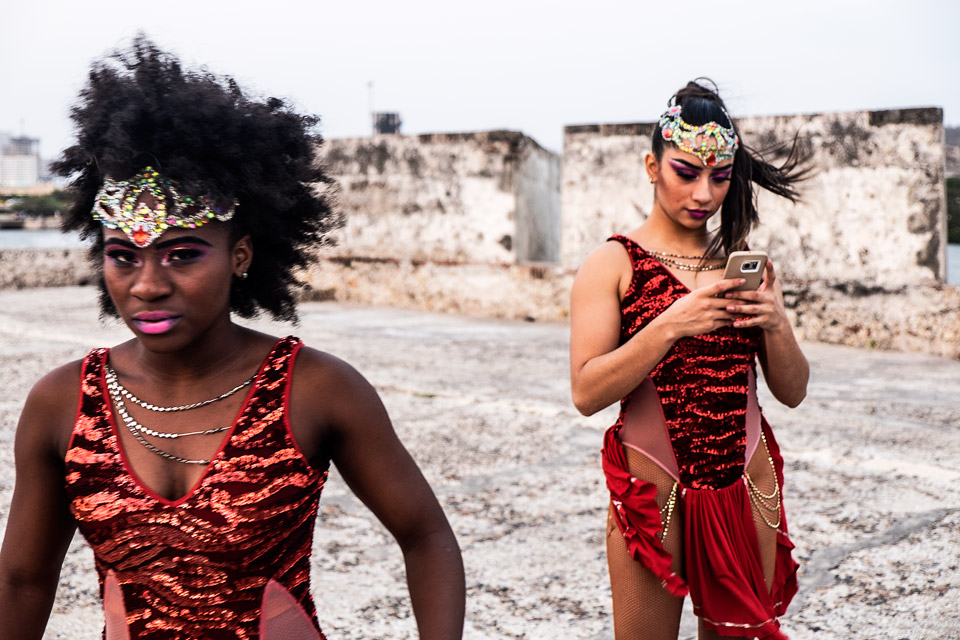 salsa dancers, cartagena, colombia 2019