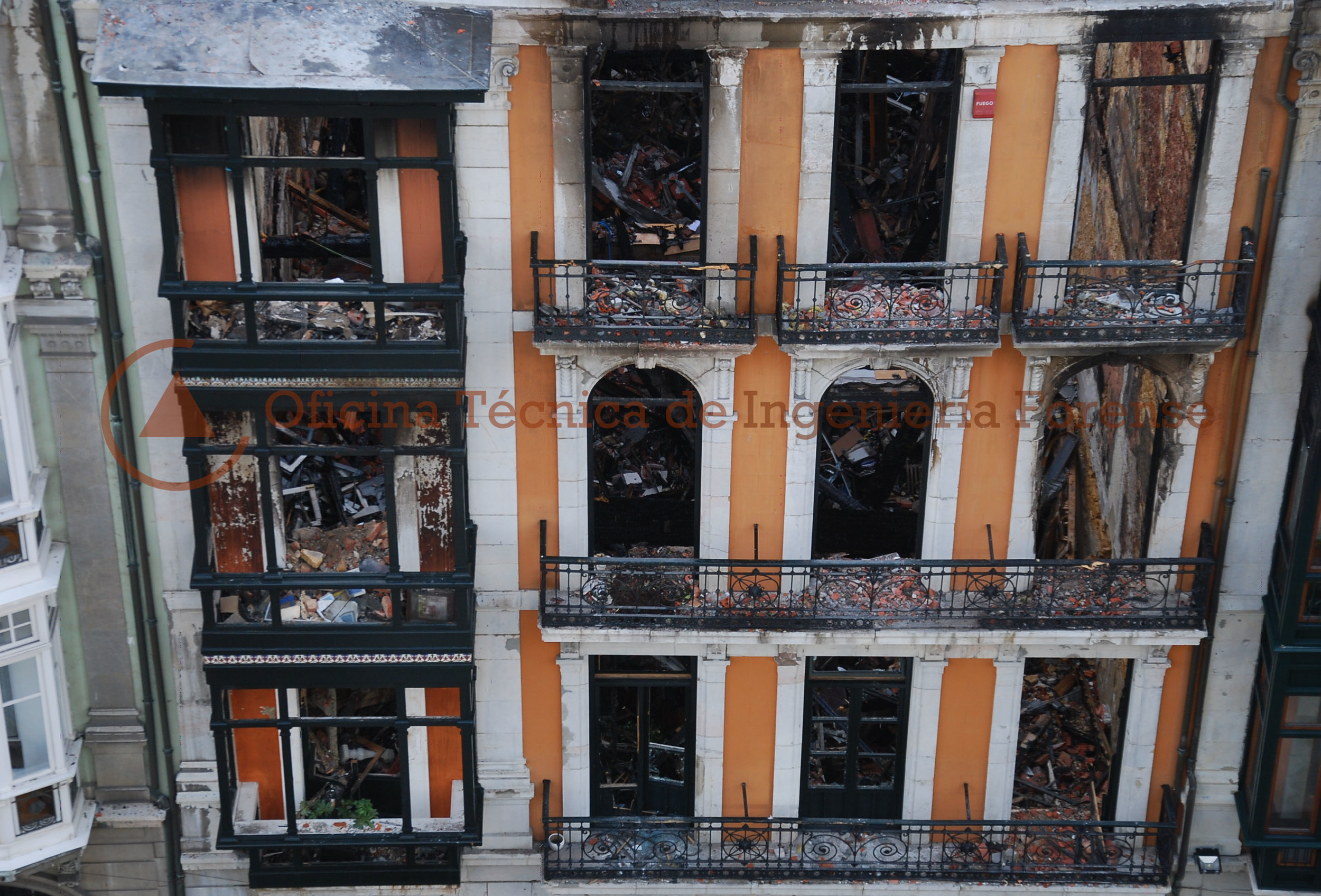 IncendioEdificioOviedo5.jpg