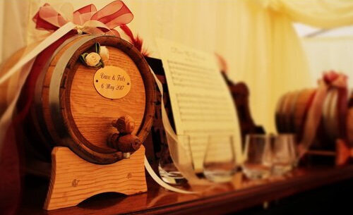 Engraved whisky casks for weddings