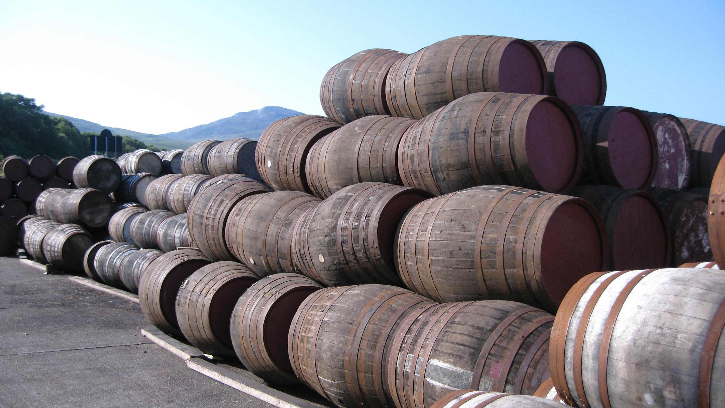 Whisky casks for maturing whisky