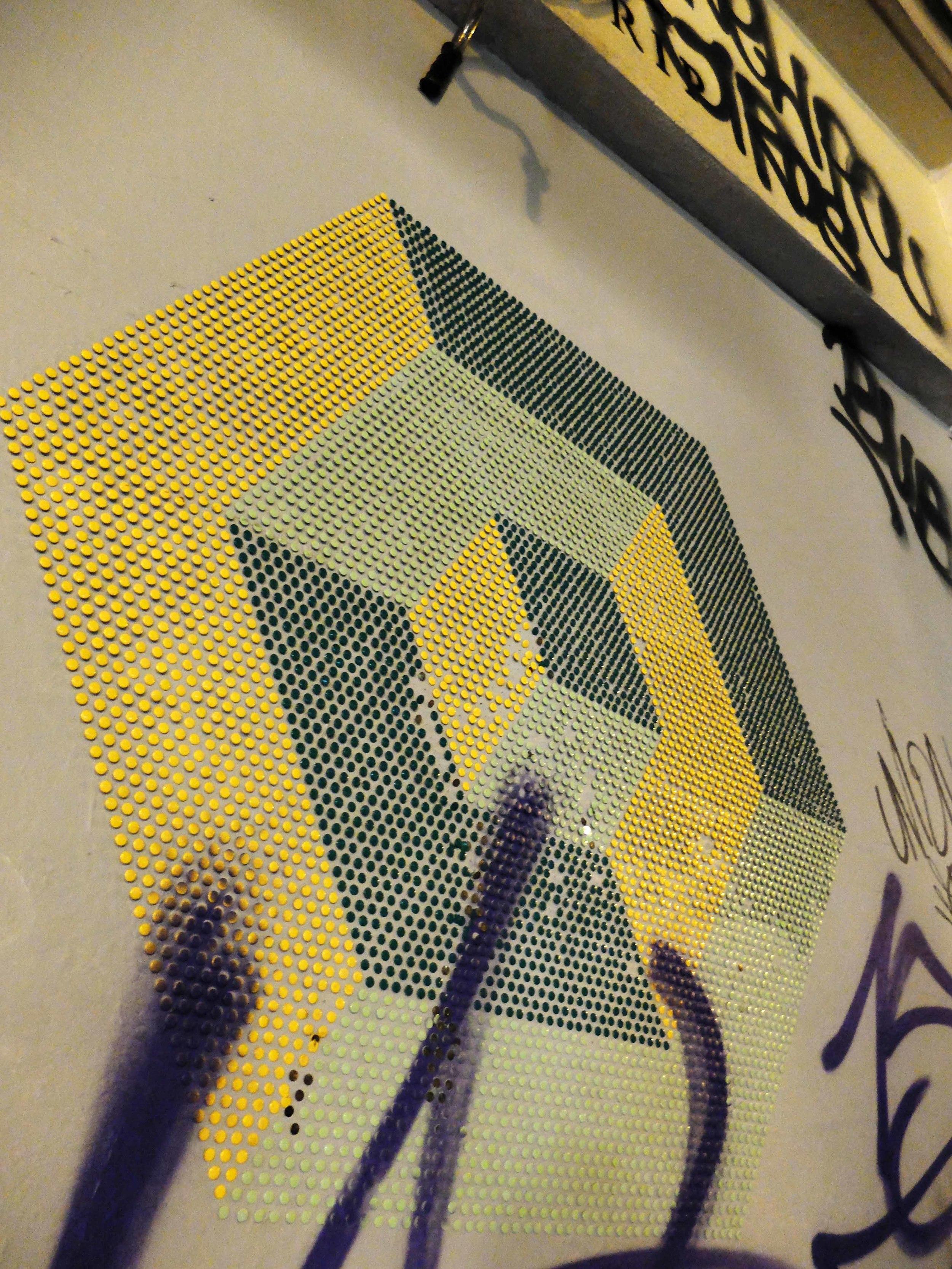 Drawing pin graffiti
