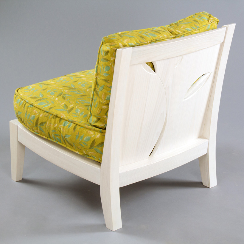 carved_chair_alicia_dietz_woodworking_alicia_dietz_carved_chair-28_fulton_square_web.jpg