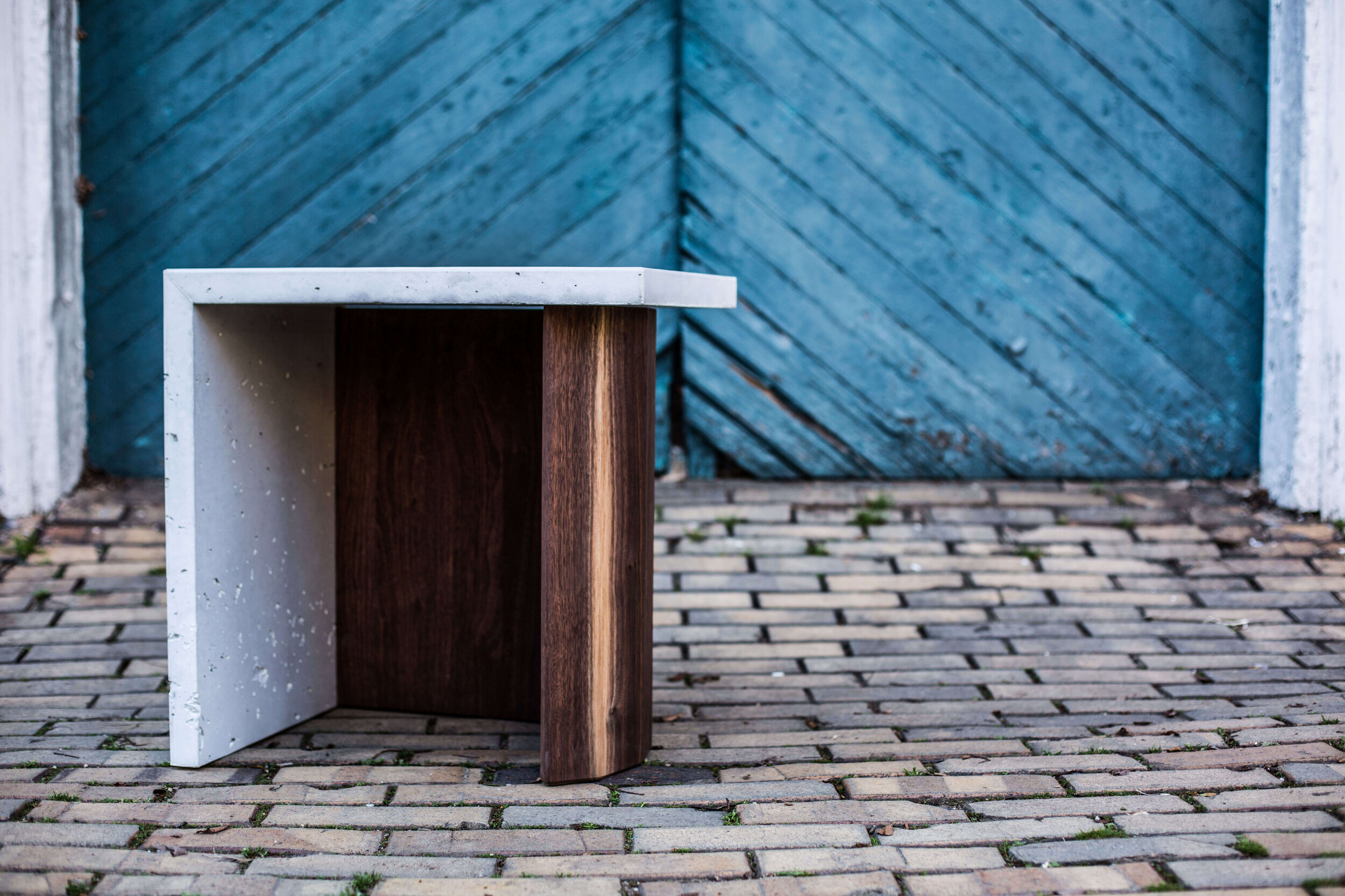 Alicia_Dietz_Modern_Home_Contemporary_Design_Concrete_Furniture_2
