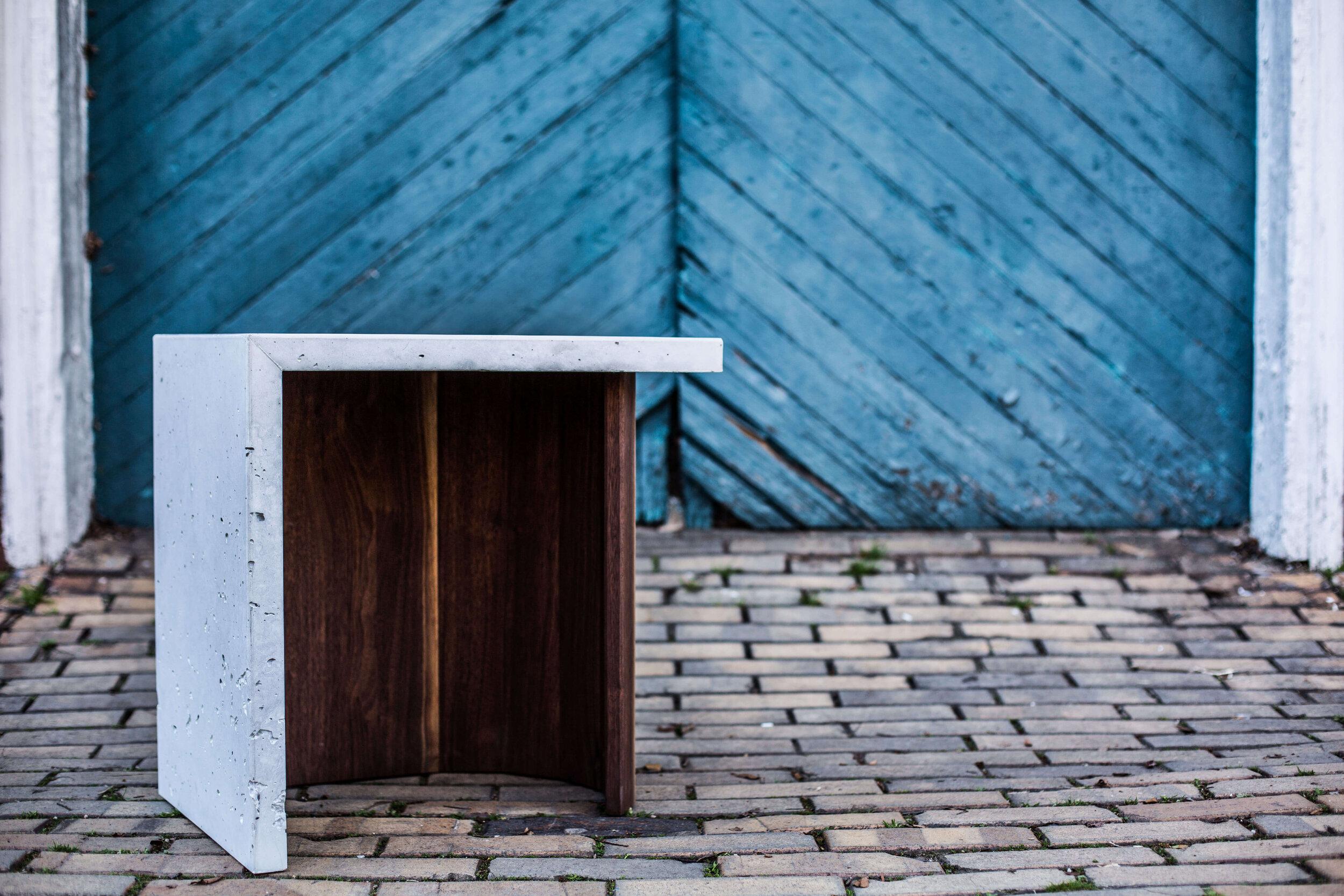 Alicia_Dietz_Modern_Home_Contemporary_Design_Concrete_Furniture_3