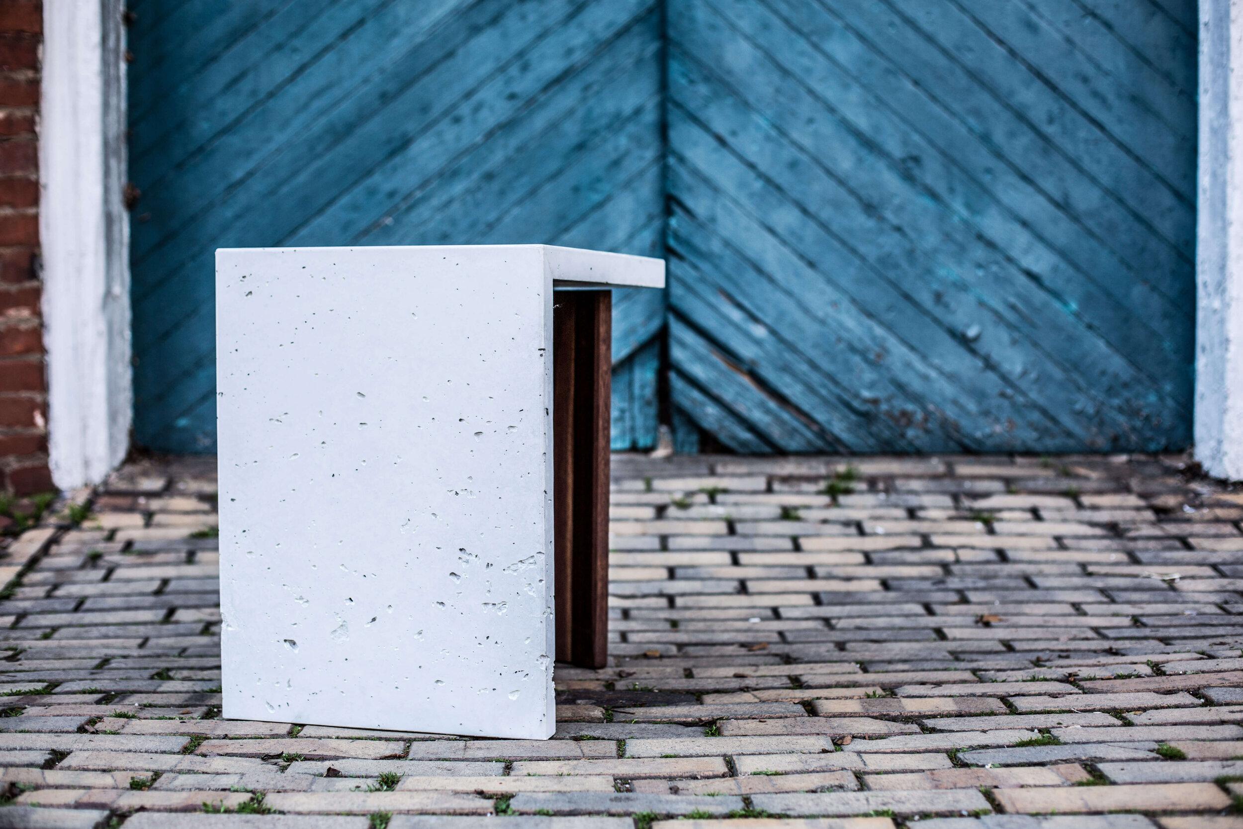 Alicia_Dietz_Modern_Home_Contemporary_Design_Concrete_Furniture_4