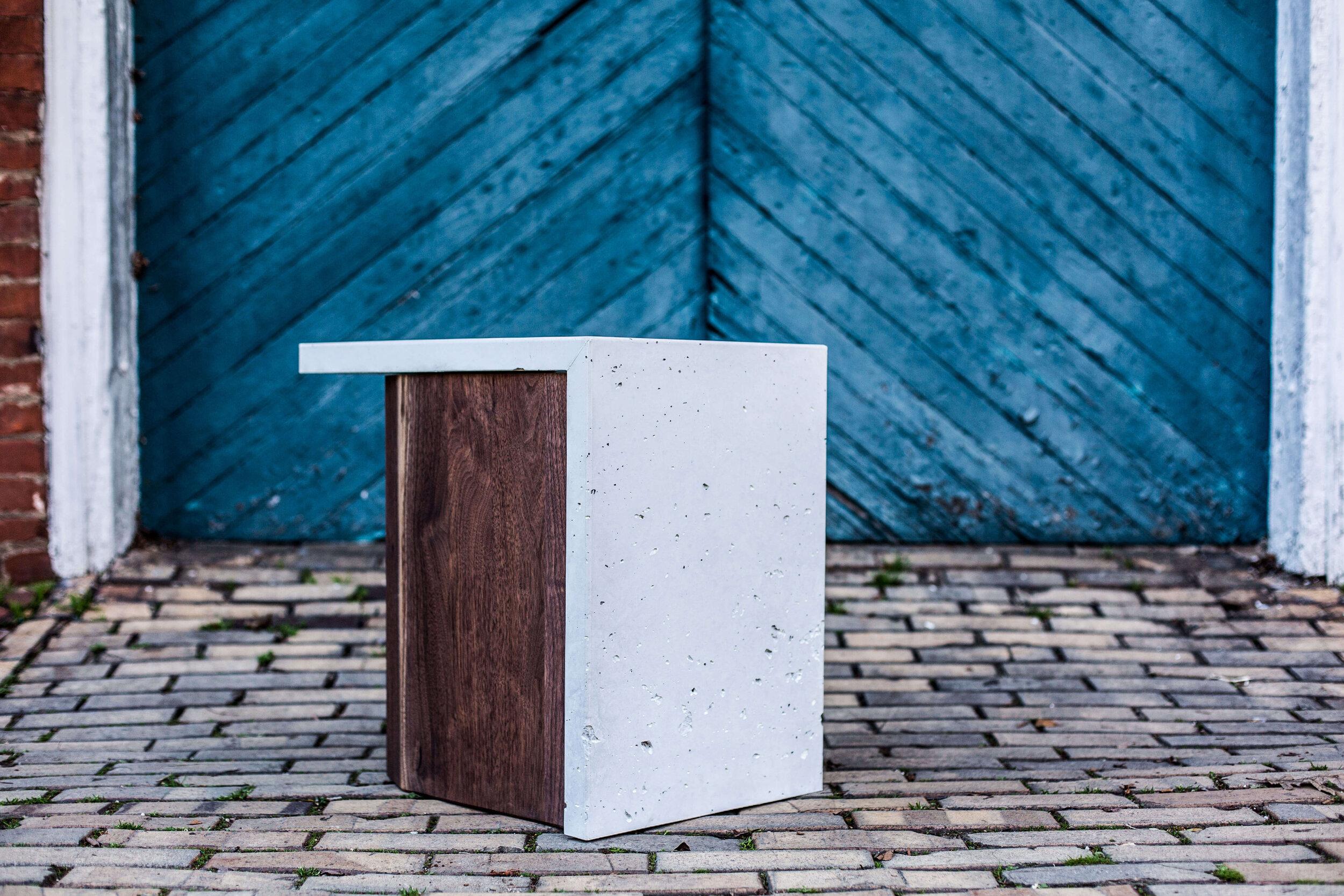 Alicia_Dietz_Modern_Home_Contemporary_Design_Concrete_Furniture_5