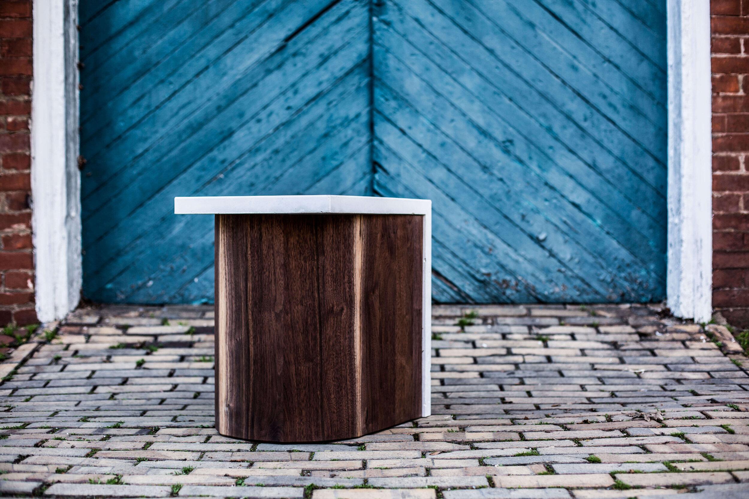 Alicia_Dietz_Modern_Home_Contemporary_Design_Concrete_Furniture_6