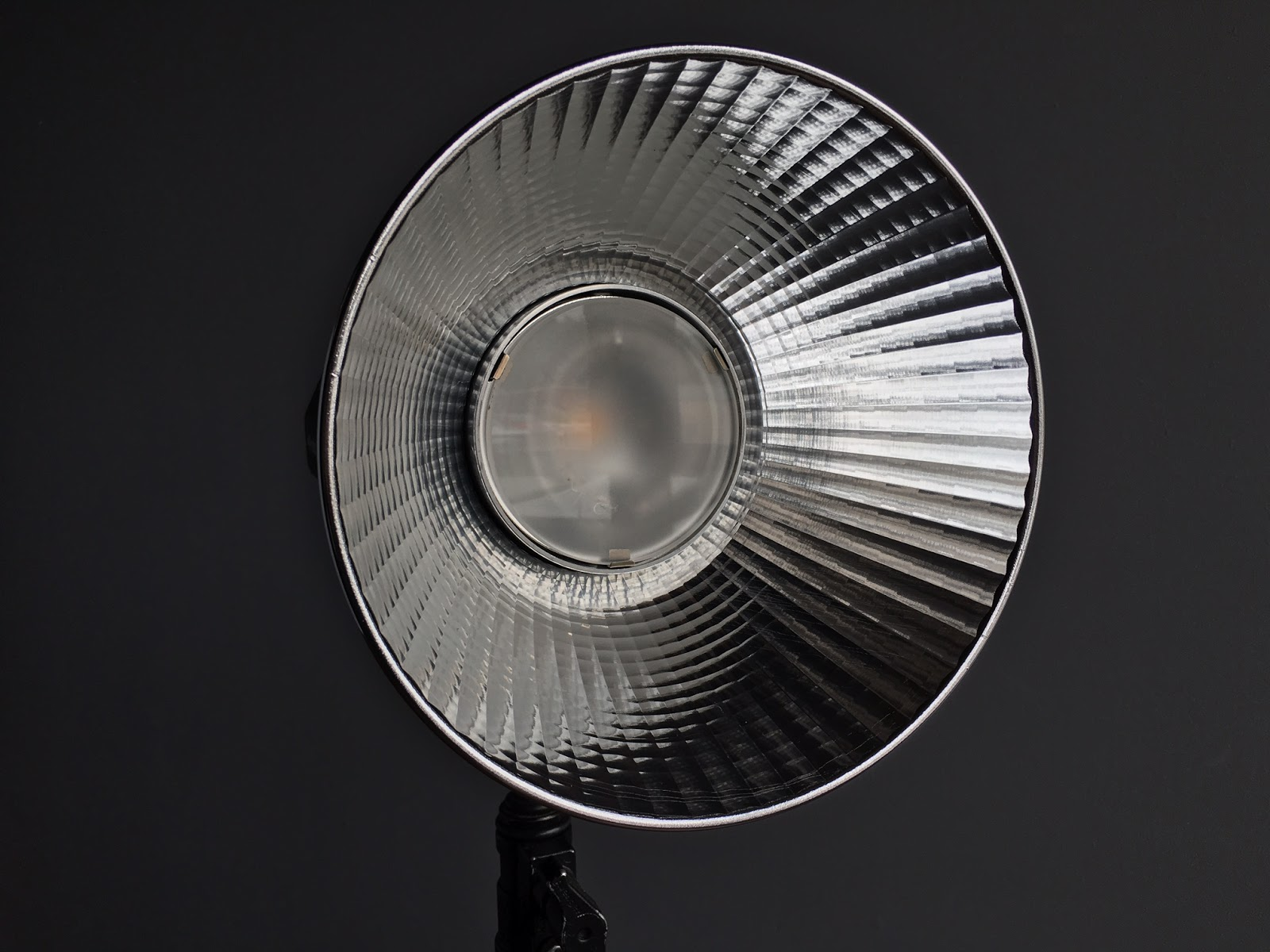 The OCF Magnum correctly focused at position 4 ,Note that the front protrudes into the reflector.This is the correct position.