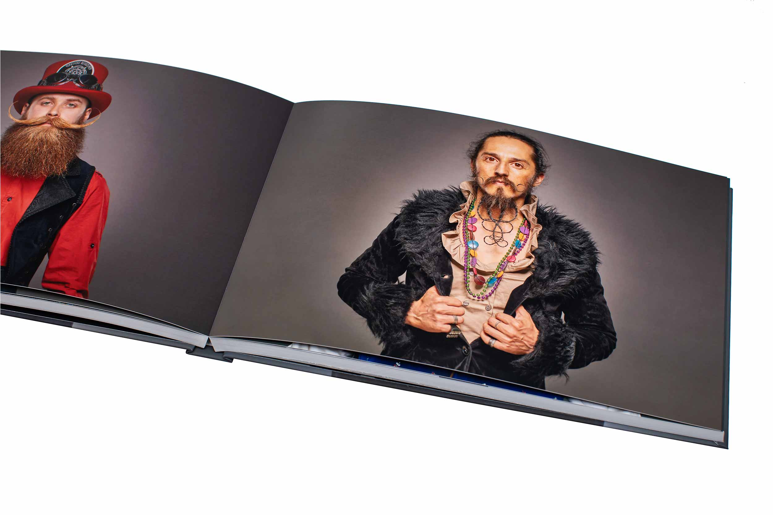 Lay Flat Pages - 20x 28cm120 Pages - 120 PhotosPremium photo paper