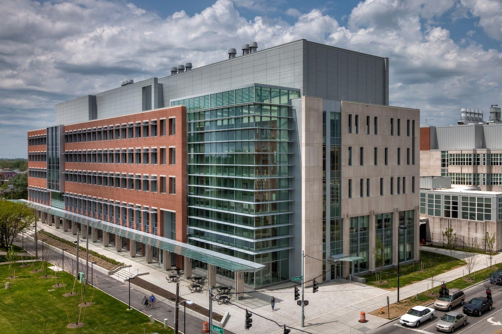 College of Pharmacy Exterior 1.jpg