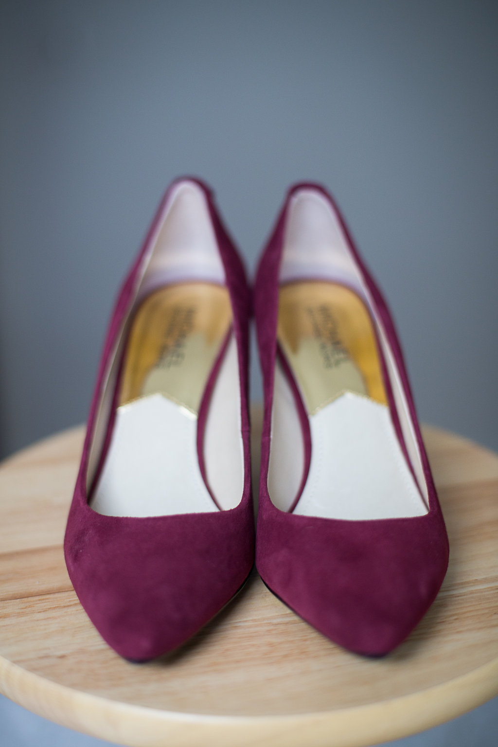 red Mikael Kors shoes souliers rouge Mariage Montreal Wedding