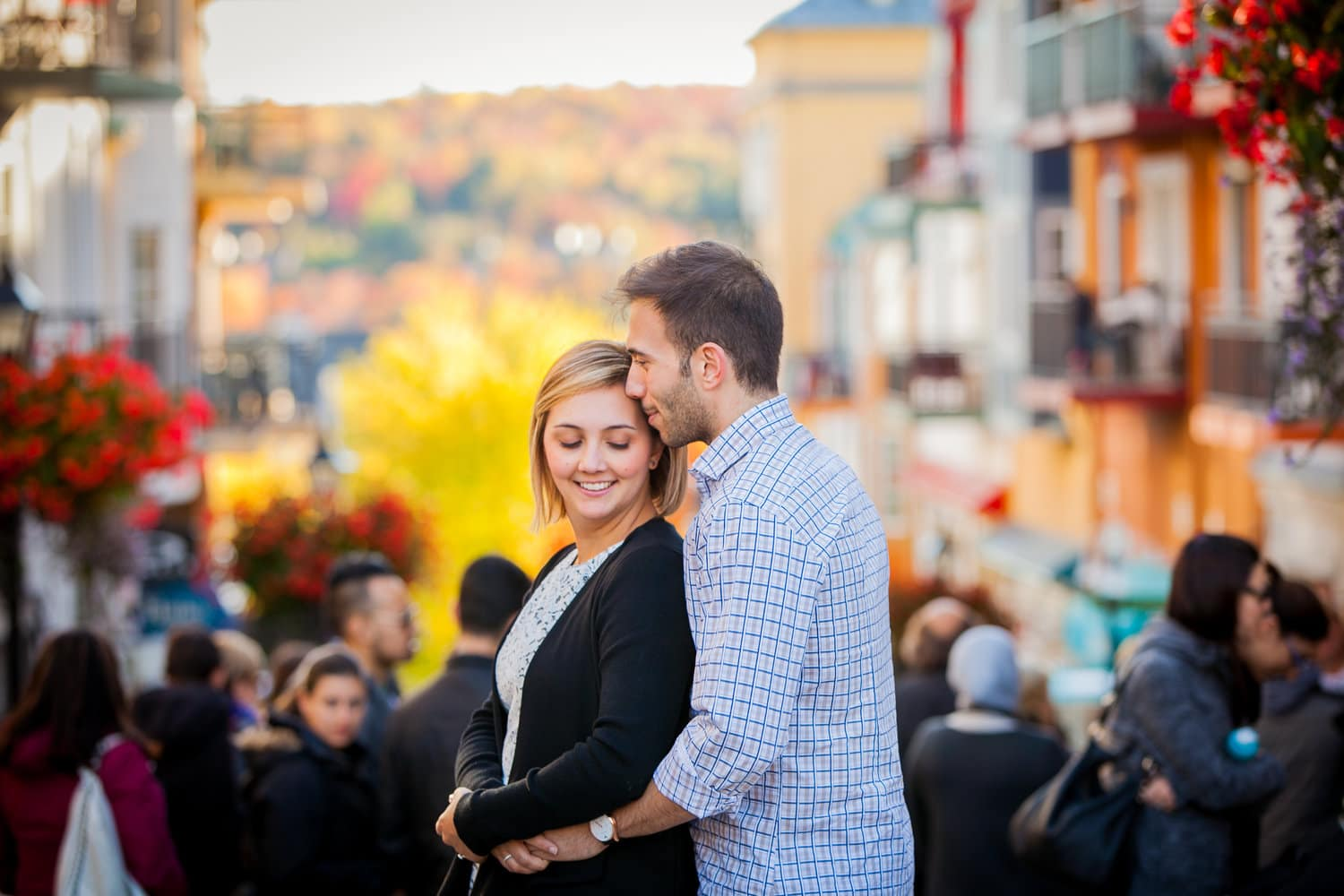 Canadian fall engagement photoshoot in Mont Tremblant