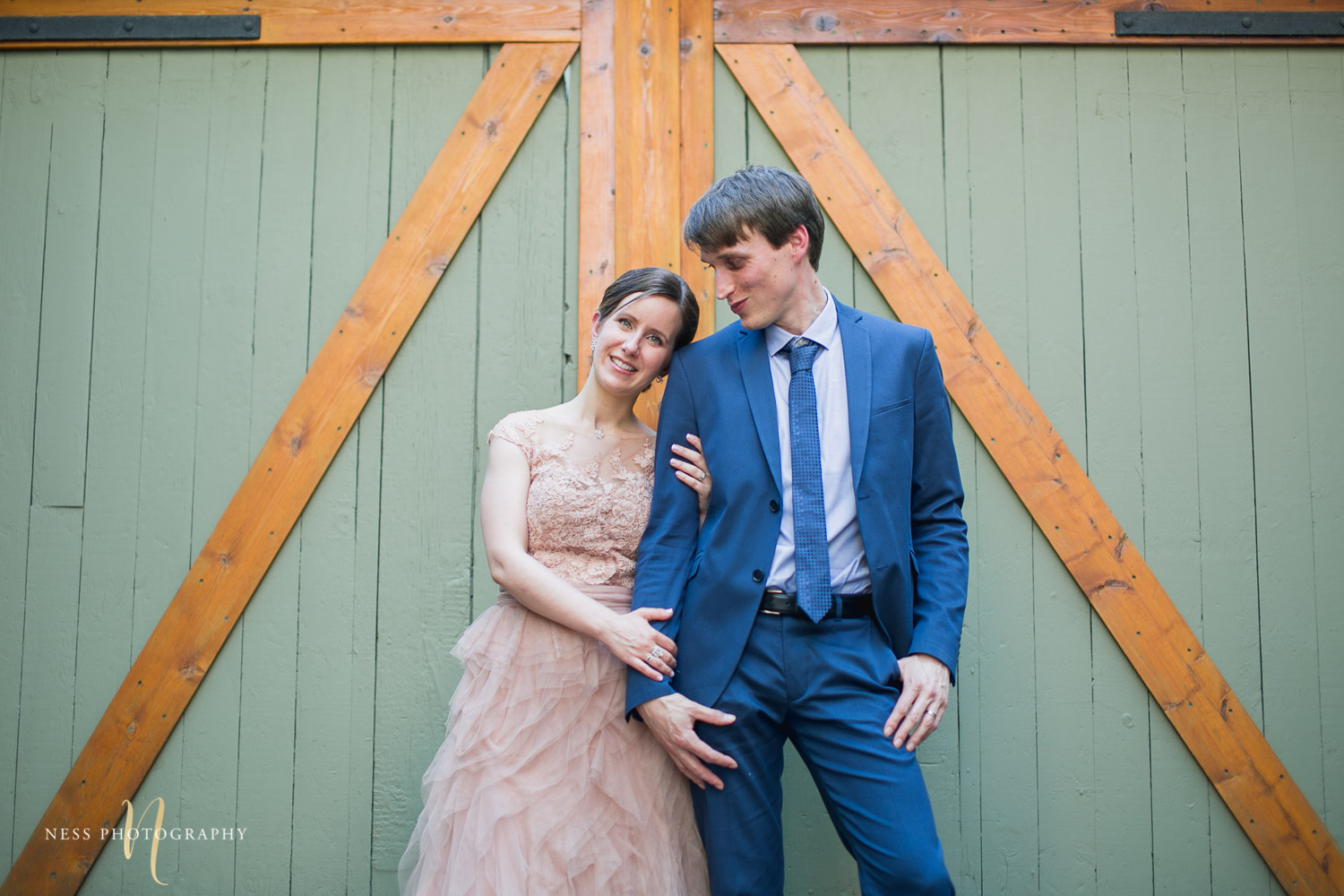 bride hugging the groom in plateau mont royal for elopement wedding photos
