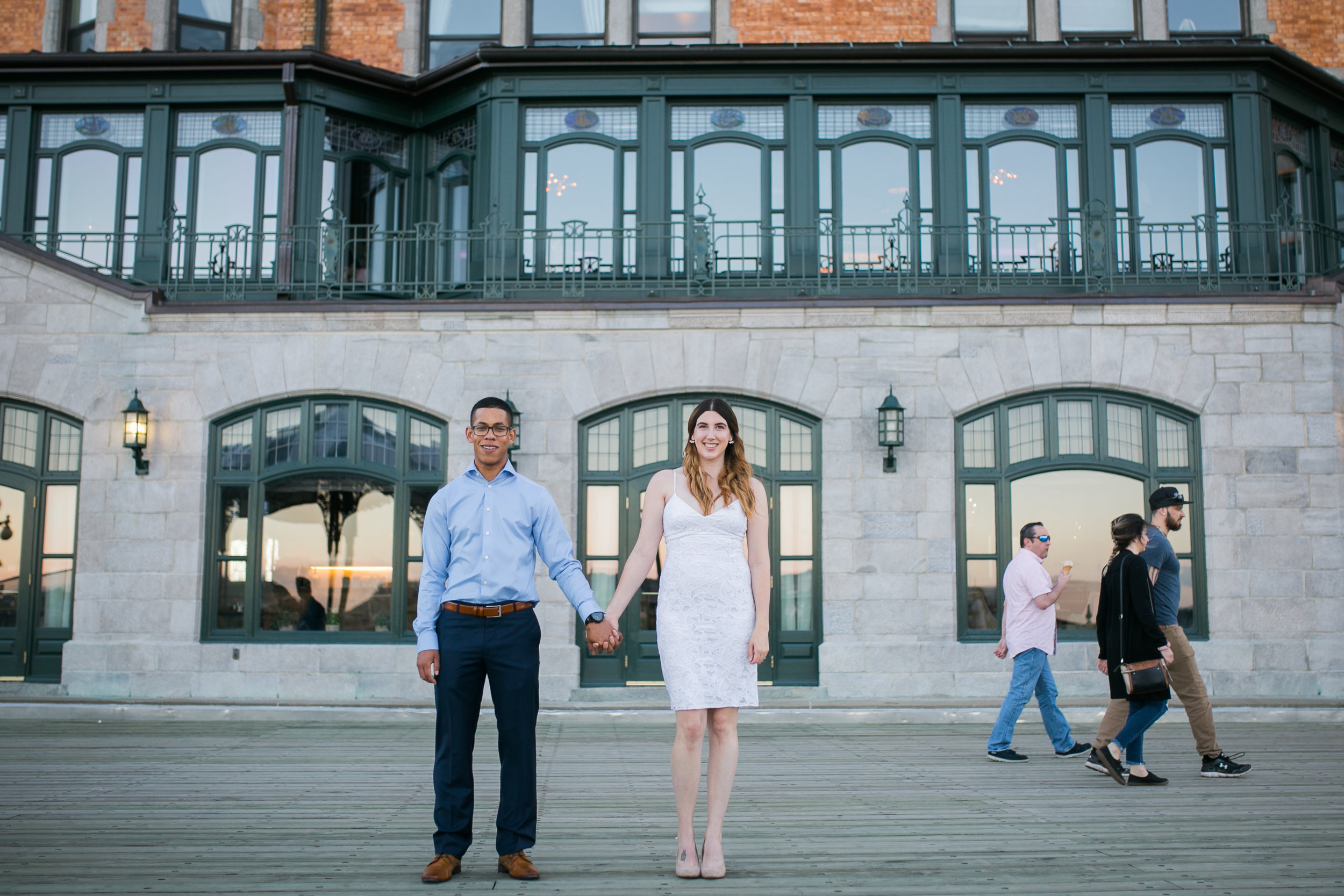 Old quebec sunset engagement photos in front of chateau frontenac