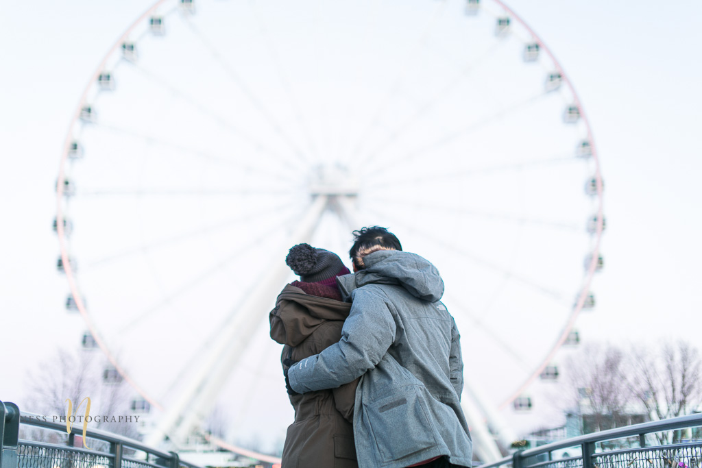 observation wheel winter sunset engagement photoshoot in montreal old port