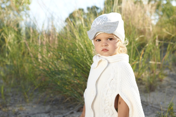 9_andrea-beach-little-girl-2011.jpg
