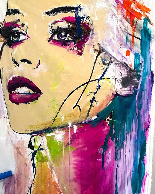10 feet tall 😬 • • • • • • #hannahrowanart #bohome #bigart #mural #colorfulmind #popart #colorsplash  #abstractportrait #brightcolors #originalart #abstractrealism  #artcollective #colorfulart #acryliconcanvas #artwork #contemporaryart #acrylicpainting #sandiegoartist #artstudio #arrtpassion #ratedmodernart #theartshed  #painting #contemporaryartist #pacificbeach #sandiego #sdart #retroart #contemporarypainter #modernartpainting