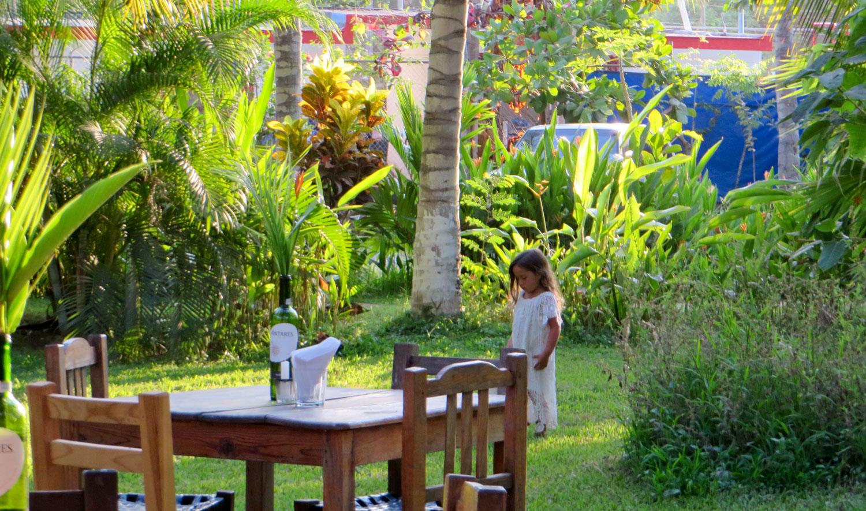 062-Luca-little-girl.jpg
