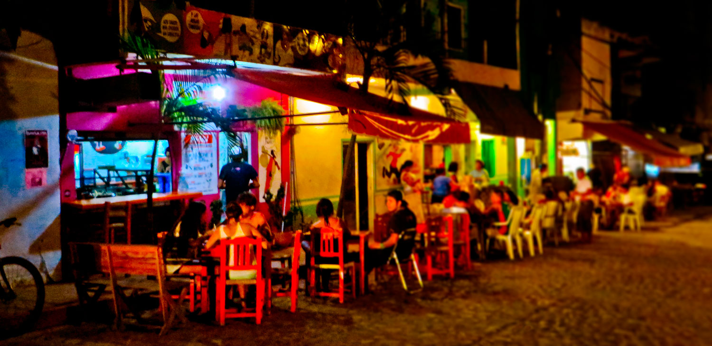071-Sayulita-bar-scene-at-night.jpg